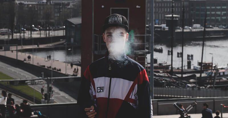 Ako fajčiť aby na to rodičia neprišli, fajčenie u mladistvých